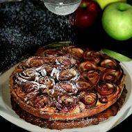 Crostata con roselline di mele